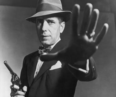 "Humphrey Bogart en ""Solo te ahorcan una vez"", de Dashiel Hammet"