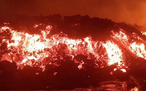 Congo, Erupción