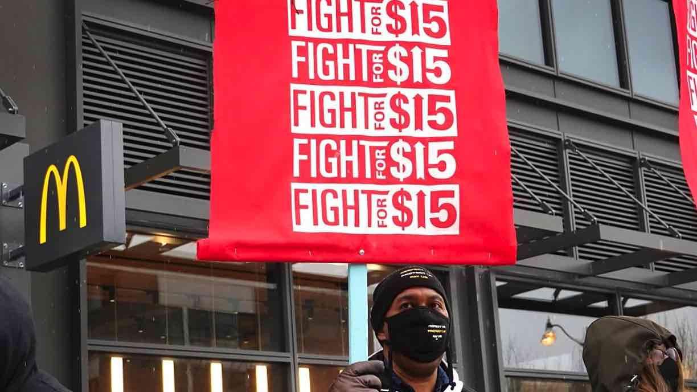 Salario mínimo de quince dólares, Estados Unidos