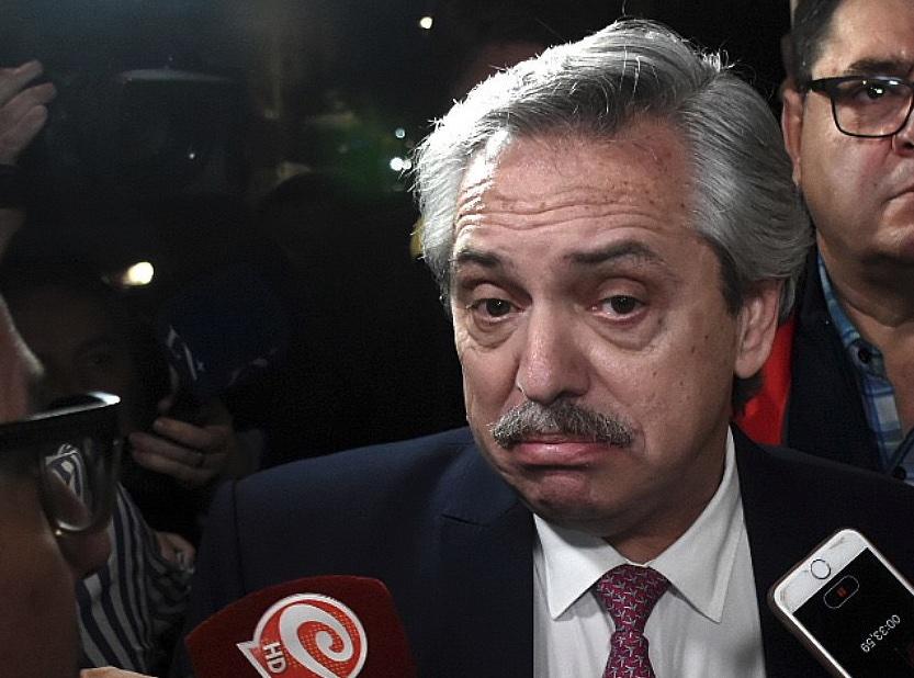 Alberto Fernández, Crisis económica argentina, Devaluación del peso