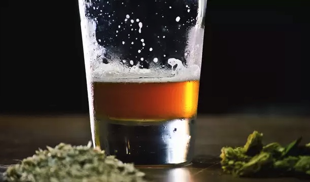 Alcohol y Marihuana