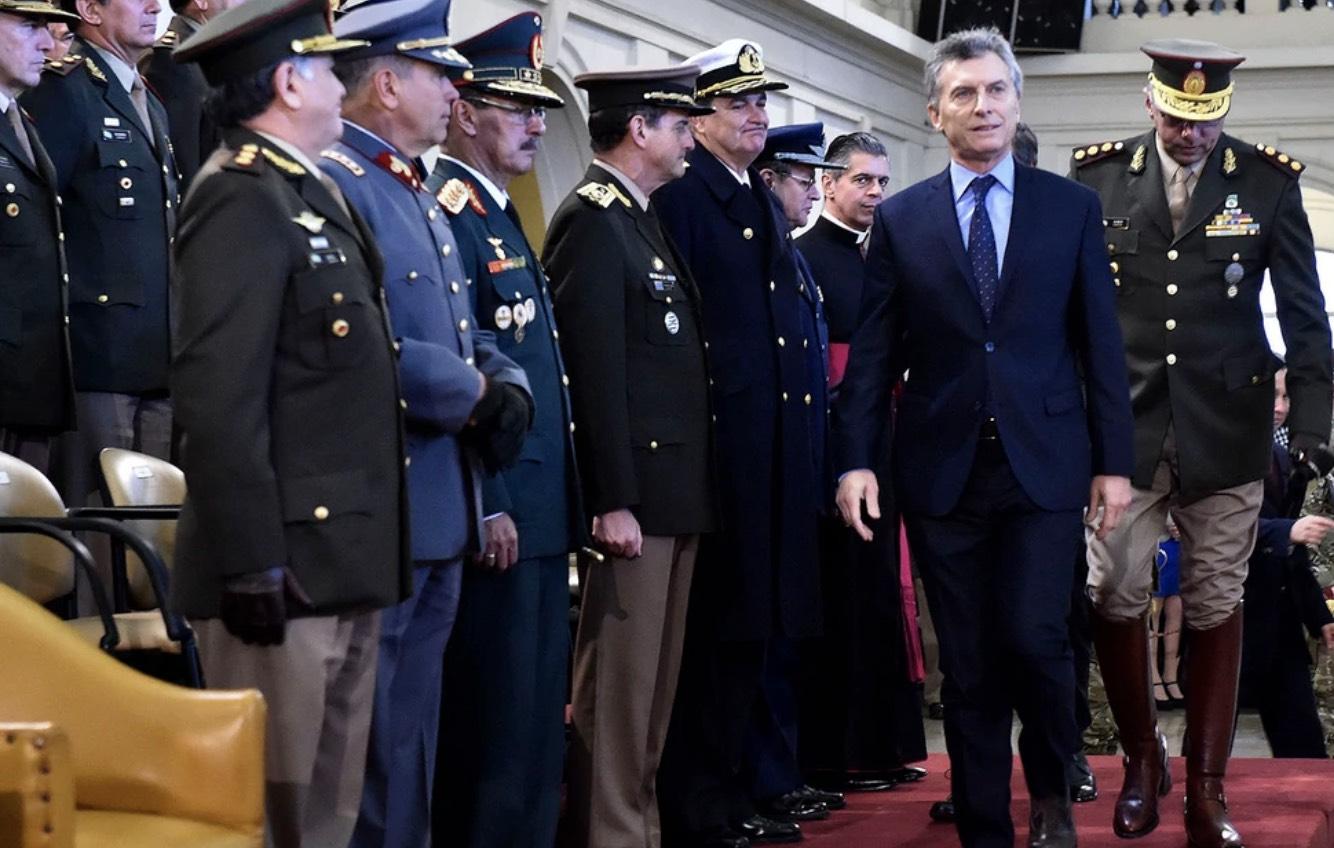 Macri, Fuerzas Armadas