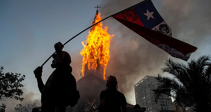 Chile, Extrema izquierda, Nueva Constitución, Populismo, Terrorismo