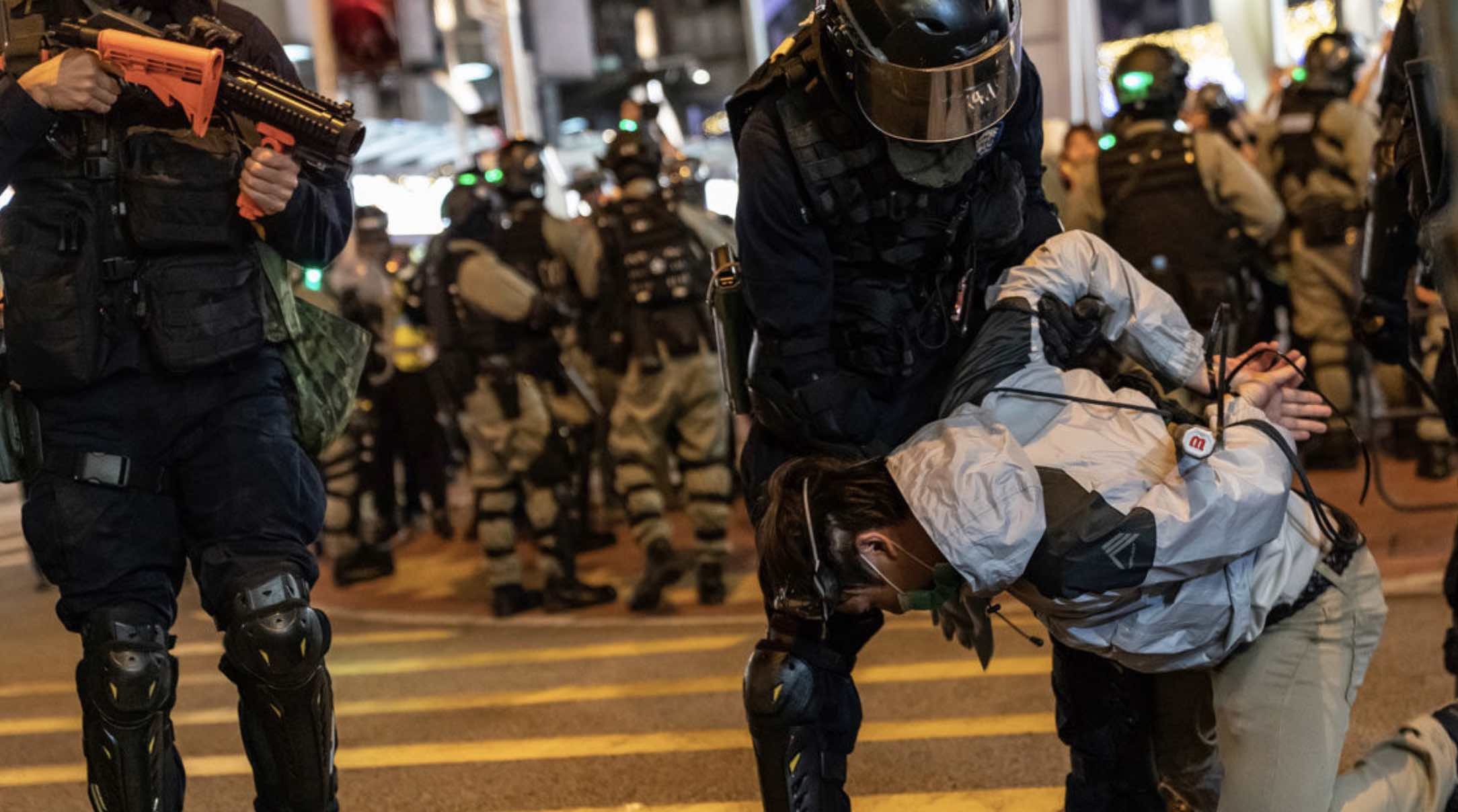 Represión china en Hong Kong, Derechos humanos, Violencia