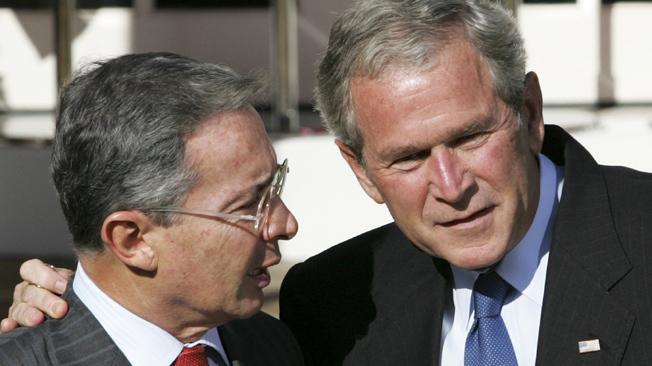 Alvaro Uribe, Colombia, George Bush, Prisión para Uribe