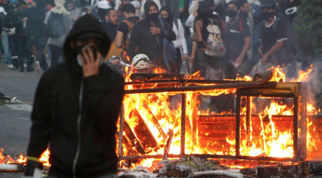 Desestabilización en Colombia, Bogotá, Violencia en Cali, Gustavo Petro