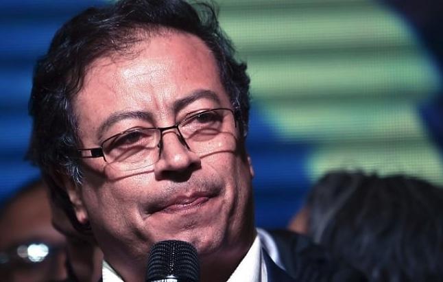 Gustavo Petro, Colombia