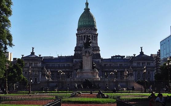 Honorable Aguantadero de la Nación, Congreso argentino