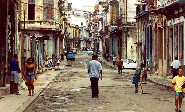 Pobreza y miseria en La Habana, Cuba