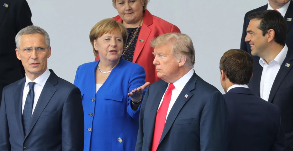 Donald Trump, OTAN, Angela Merkel