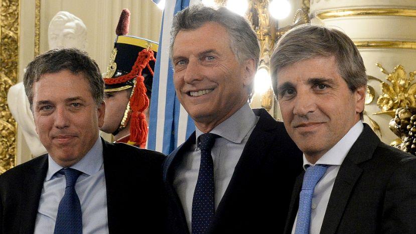 Dujovne, Caputo, Macri