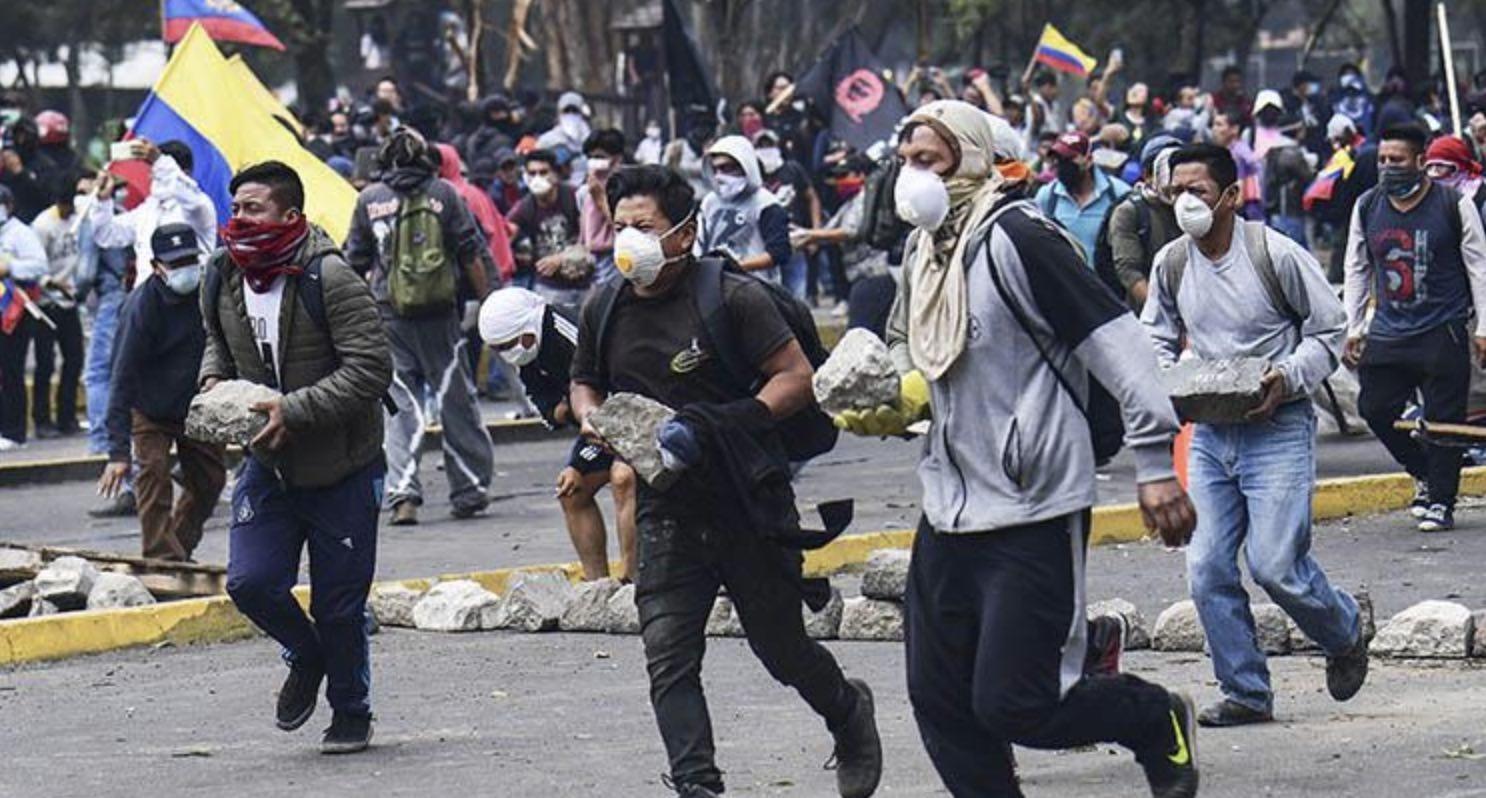 Golpe de Estado de Rafael Correa en Ecuador, Quito, Lenín Moreno, CONAIE, Indigenistas