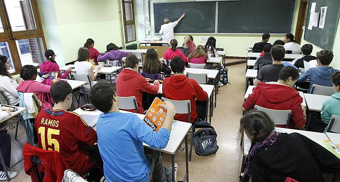 España, escuela, educación pública