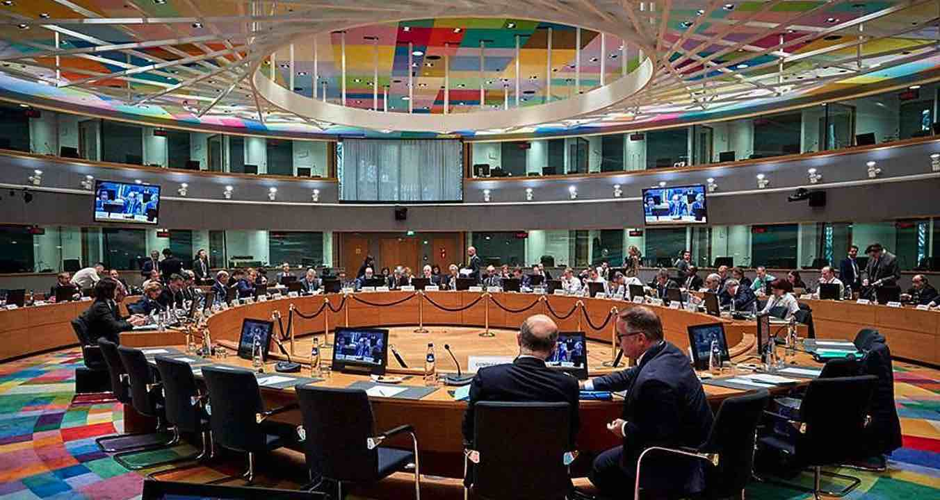 Eurogrupo, España, Deuda de España con la UE