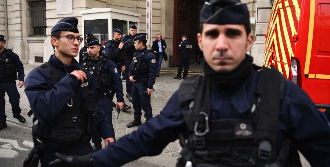 Atentado terrorista en París, Emmanuel Macron, Terrorismo en Francia