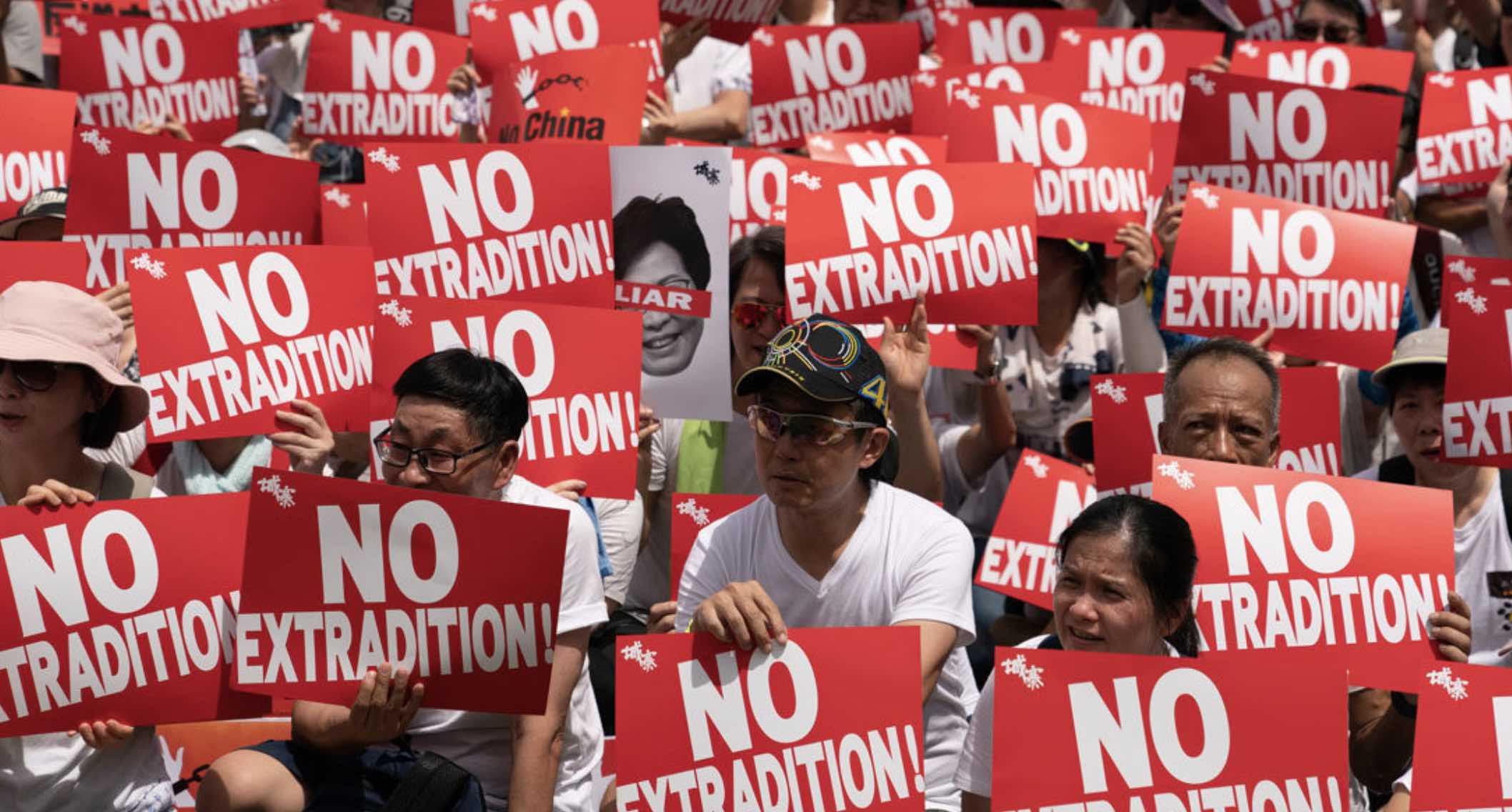 Hong Kong, Represión china, Pekín