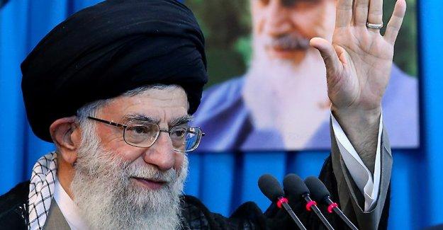 Irán, Ayatolá Khamenei