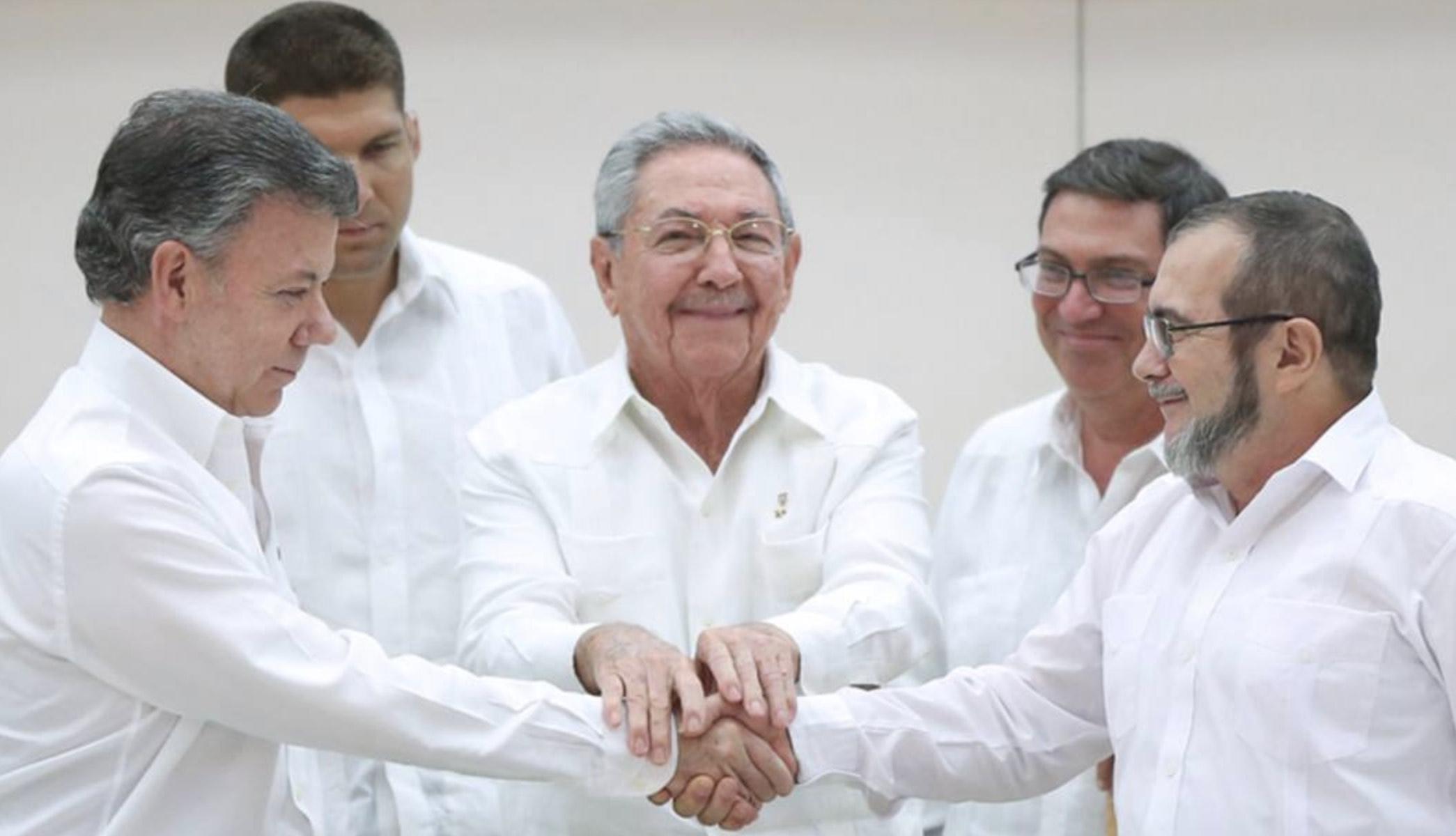 Juan Manuel Santos, Acuerdos de Paz, Narcoterrorismo