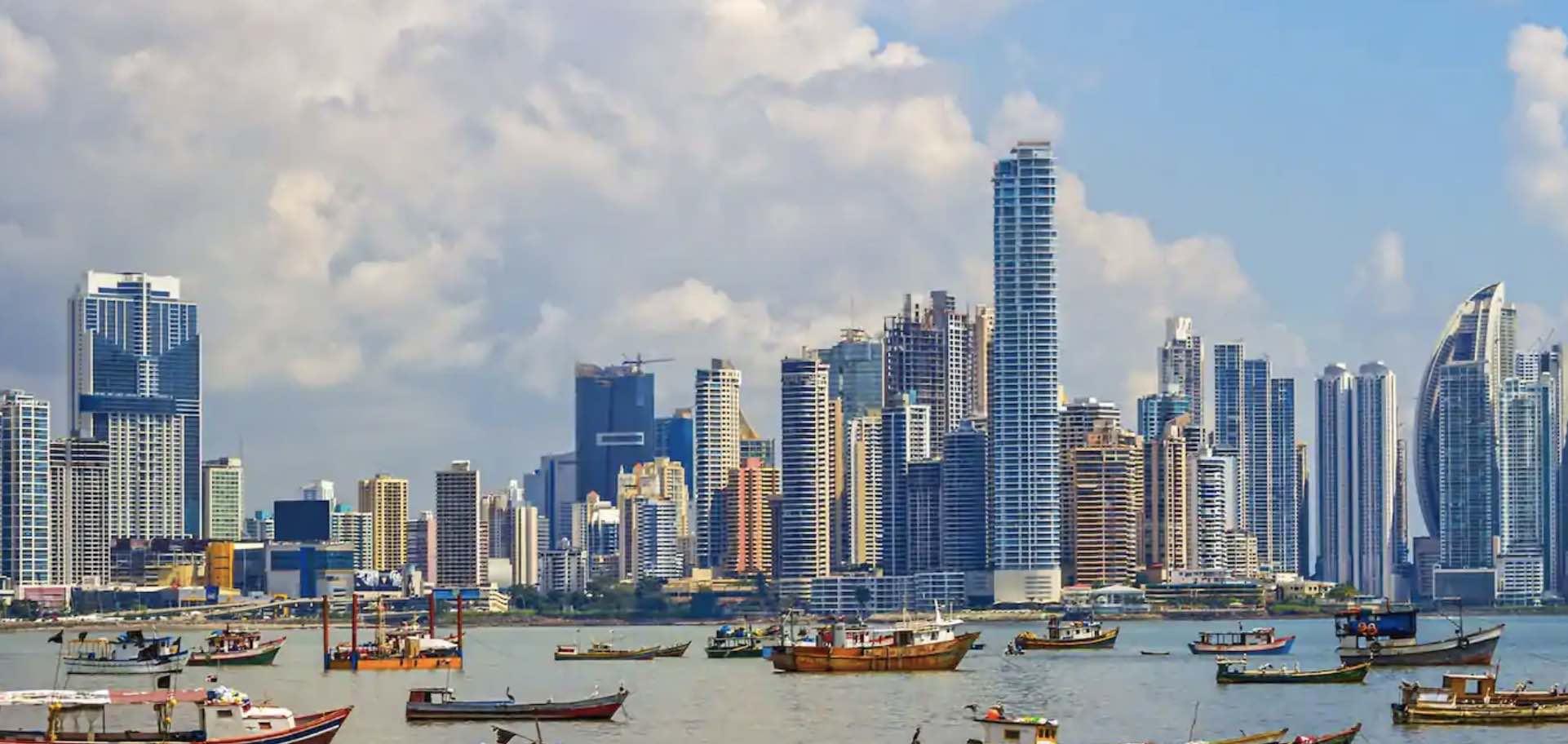 Panamá, Dolarización, Modelo Panameño, Exito de Panamá