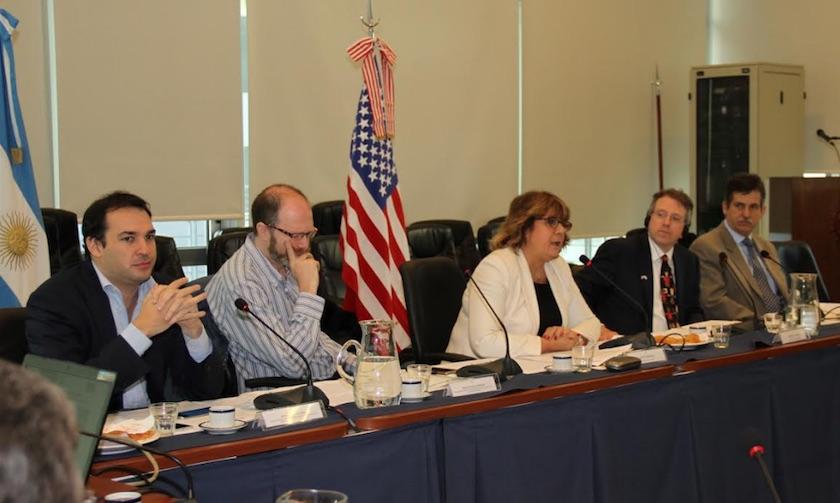 Panel, Diputados