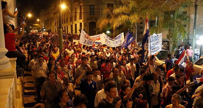 Paraguay, marchas e incidentes