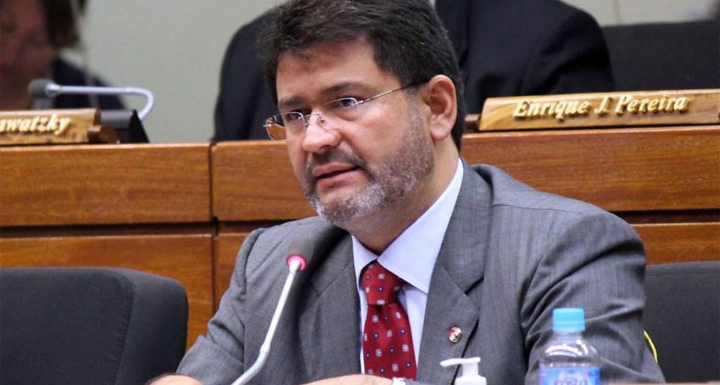 José María Ibáñez, Paraguay, Corrupción