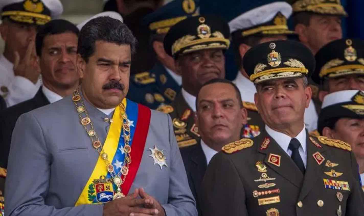 Nicolás Maduro y Vladimir Padrino, Dictadura venezolana