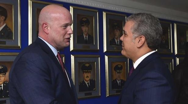 Whitaker y Duque